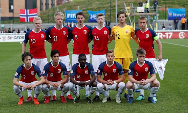 Soccer Football - UEFA European Under-17 Championship - Group B - Norway v Slovenia - Loughborough University Stadium, Loughborough, Britain - May 10, 2018 Norway team group before the match Action Images via Reuters/Andrew Boyers