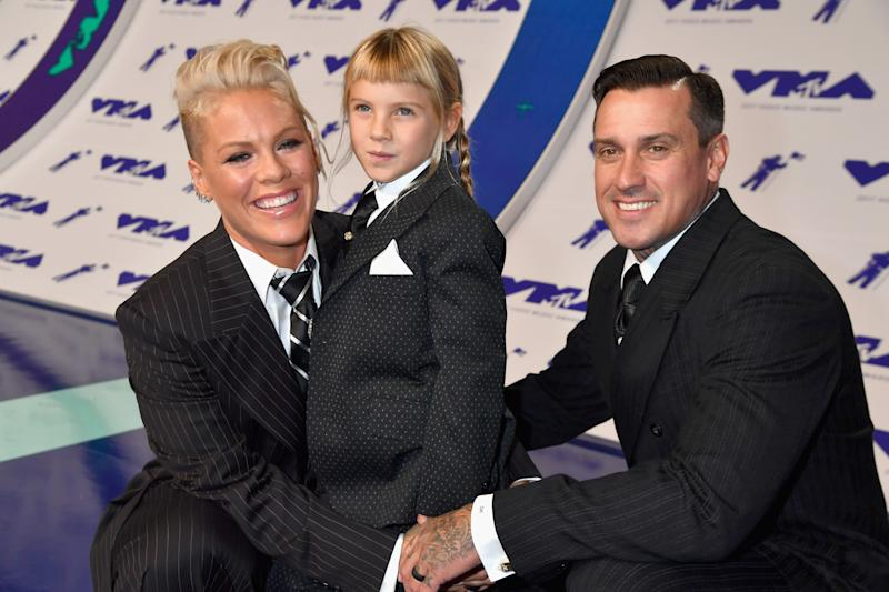 Pink's seven-year-old daughter using rifle sparks debate