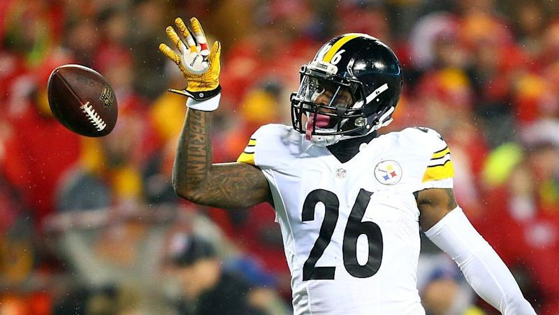 Le'Veon Bell tweets he'll report to Steelers on September  1