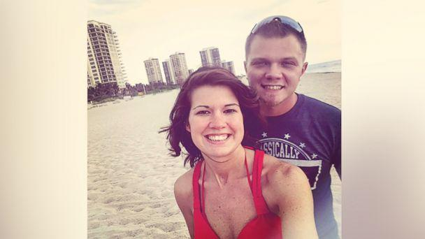 PHOTO: Derek and Jessica Simmons, of Panama City, Florida, are pictured in this undated handout photo. (Derek Simmons )