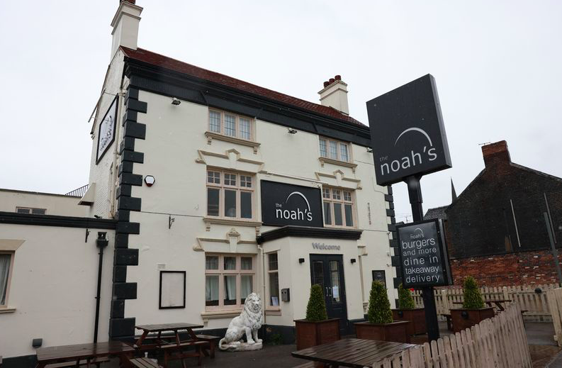 The Noah's pub in Hartshill closed just week's after lockdown relaxations allowed it to open. (Reach)