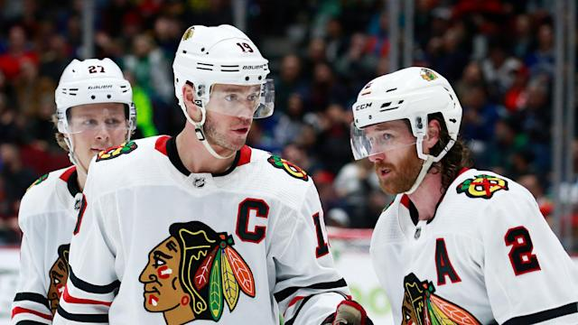 The Blackhawks have trouble in paradise. (Photo by Jeff Vinnick/NHLI via Getty Images)