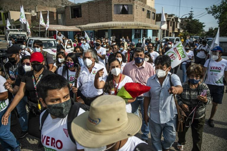 In spite of a fast-rising infection rate, candidates have held events with hundreds of people such as this rally for Veronika Mendoza in Lima in late March 2021