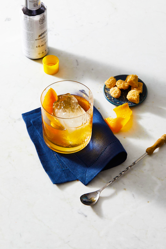 """<p>Cocktails aren't a life necessity, but sometimes, they're <em>necessary</em>. Whether you're craving a classic Cosmopolitan or Negroni, there are moments when a <a href=""""https://www.goodhousekeeping.com/food-products/g27615651/best-alcoholic-hard-seltzers/"""" target=""""_blank"""">hard seltzer</a> or a <a href=""""https://www.goodhousekeeping.com/food-recipes/easy/g3589/best-sangria-recipes/"""" target=""""_blank"""">pitcher of sangria</a> just won't get the job done. Plenty of bars serve drinks that are skillfully shaken and stirred, but maybe you want to sip a classic Old Fashioned while watching <em>Mad Men</em> reruns in your pajamas. Or you feel like having some friends over to show them your cocktail shaking moves, a la Tom Cruise (in his younger days). Whether you want to learn how to make classic cocktails, vodka cocktails or just a few easy cocktails for sipping after a long day, it pays to have a few cocktails recipes up your sleeve. </p><p>It takes a bit of skill to make these popular mixed drinks, but it's fun to practice and will guarantee you eager volunteer tasters. Many classic cocktails have only two or three ingredients and a few don't even require special equipment. And if you're wondering about the calories, take note that <a href=""""https://www.goodhousekeeping.com/food-recipes/g27458390/low-calorie-drinks/"""" target=""""_blank"""">choosing wisely</a> (and drinking in moderation) is key. Grab some mixers and your favorite spirit and get shakin'!</p>"""