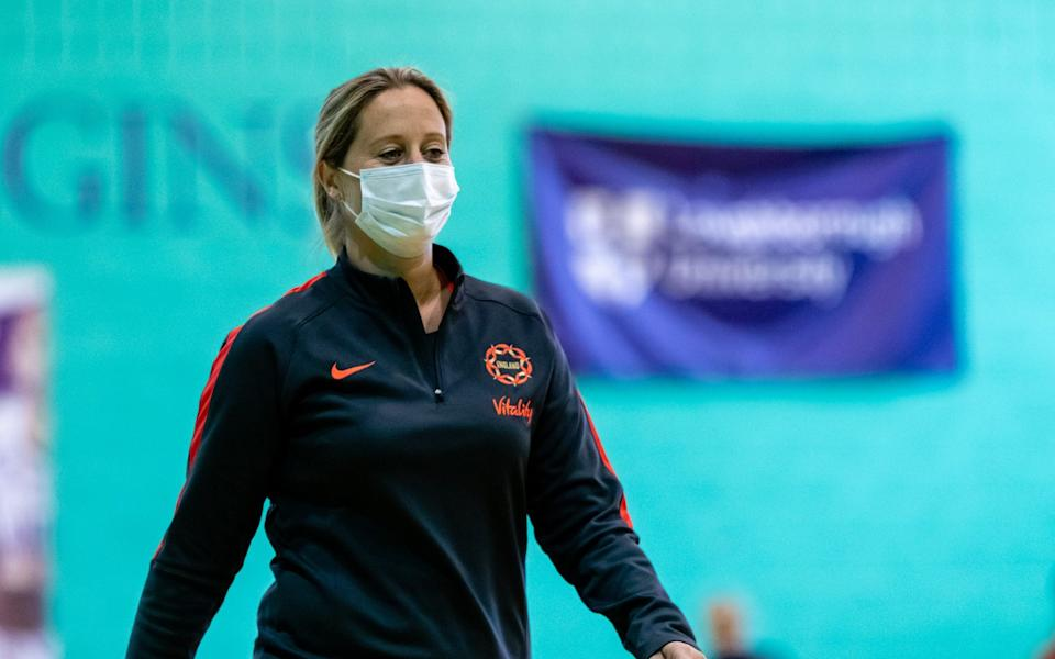 England head coach Jess Thirlby wears her mask on court at a training camp in Loughborough - Ben Lumley