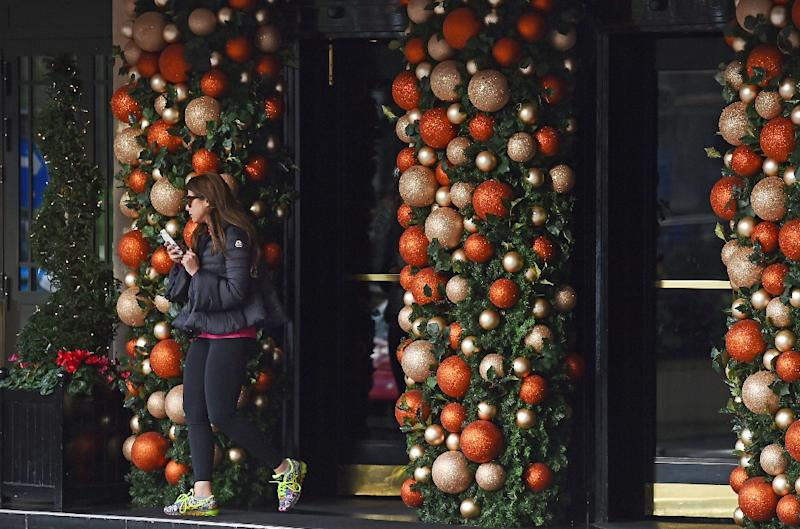 The Dorchester hotel in London, owned by the Sultan of Brunei, is decked out with Christmas decorations, in contrast to Brunei where Christmas celebrations are banned (AFP Photo/Ben Stansall)