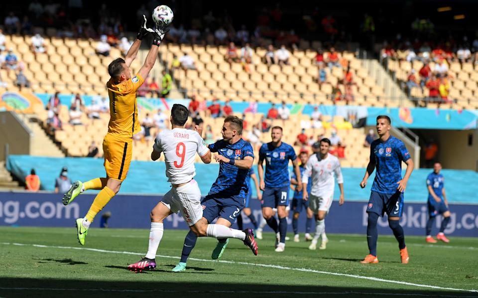 Dúbravka was poor in the clash against Spain (Getty Images)