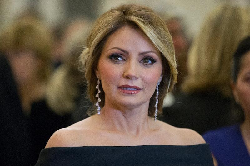 Angelica Rivera, wife of Mexican President Enrique Pena Nieto, attends a banquet at the Guildhall in central London on March 4, 2015 (AFP Photo/Justin Tallis)