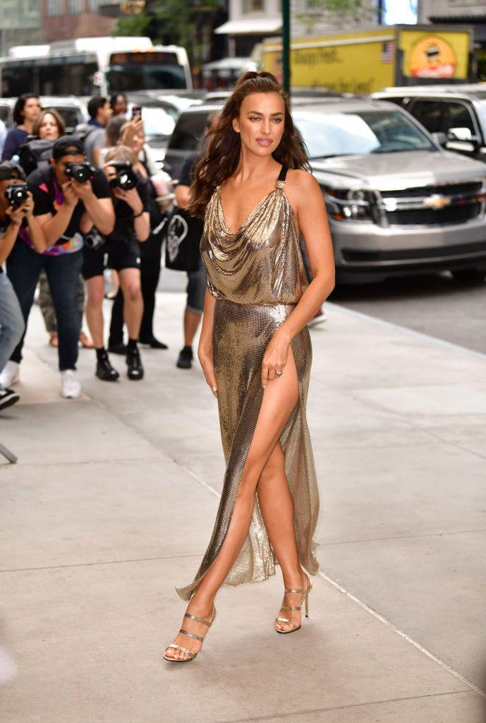<p>Shayk wore chainmail Versace to the awards ceremony in New York. </p>