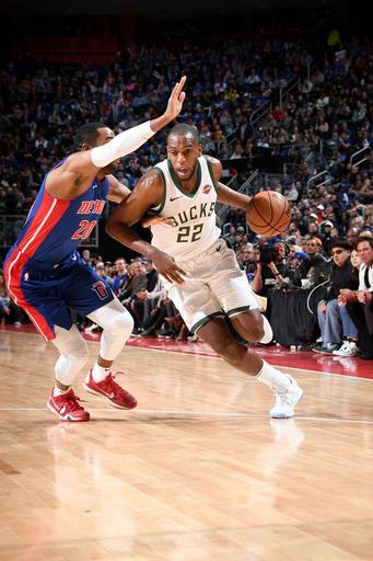 DETROIT, MI - APRIL 20: Khris Middleton #22 of the Milwaukee Bucks handles the ball against the Detroit Pistons during Game Three of Round One of the 2019 NBA Playoffs on April 20, 2019 at Little Caesars Arena in Detroit, Michigan. (Photo by Chris Schwegler/NBAE via Getty Images)
