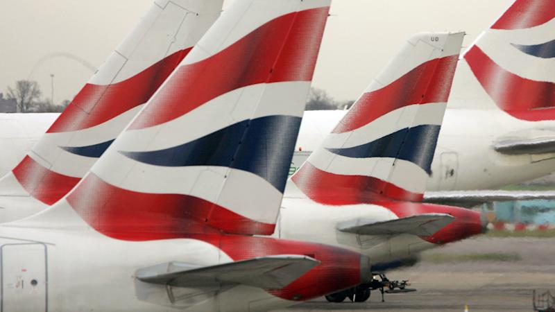 BA pilots vote to accept package of job and pay cuts