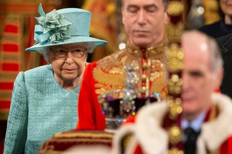 """Britain's Queen Elizabeth II has called the year """"bumpy"""" and may Britons are again questioning the cost of the monarchy (AFP Photo/Matt Dunham)"""
