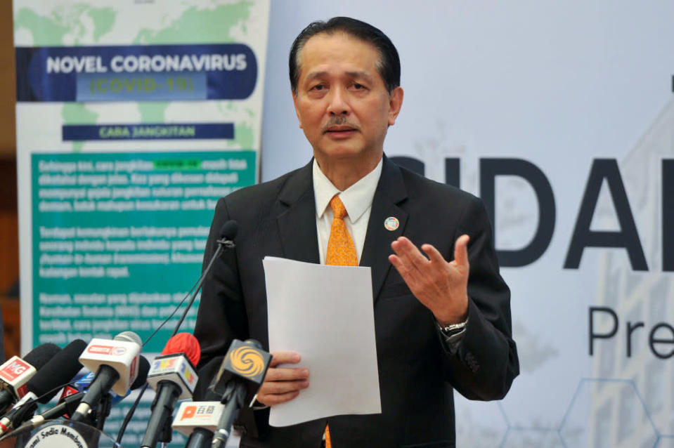 Health director-general Tan Sri Dr Noor Hisham Abdullah said that the addition of the 2,717 Covid-19 cases brought the cumulative total in Malaysia so far to 390,252 cases. — Picture by Shafwan Zaidon