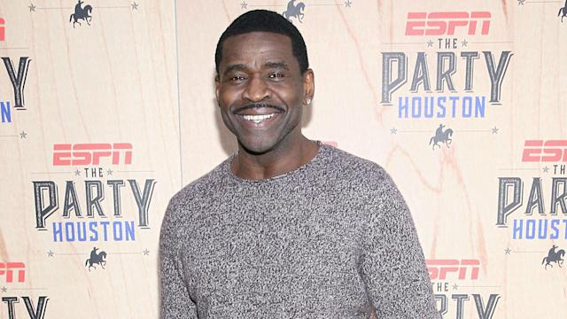 Michael Irvin says that MMA was his second favorite sport behind football. Now he wants to try MMA himself.