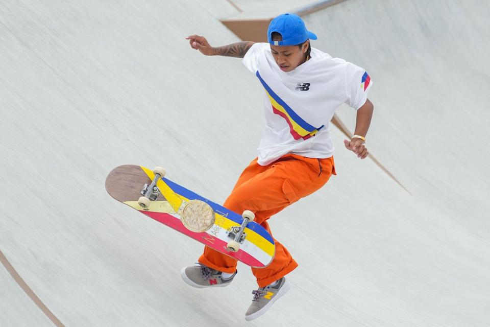 <p>Margielyn Didal of the Philippines was one of the brightest athletes at the park, outfitted in New Balance.</p>