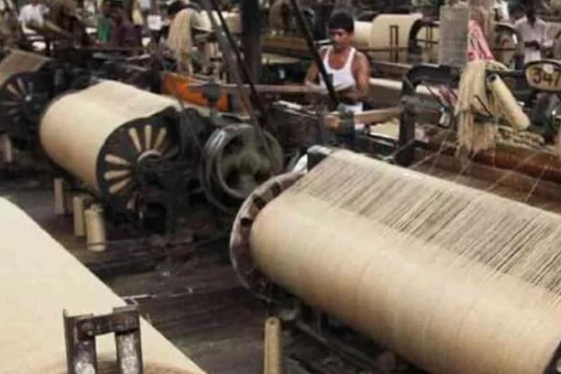 West Bengal Govt Allows Jute Mills to Send Buses to Bring Back Migrant Workers from Neighbouring States