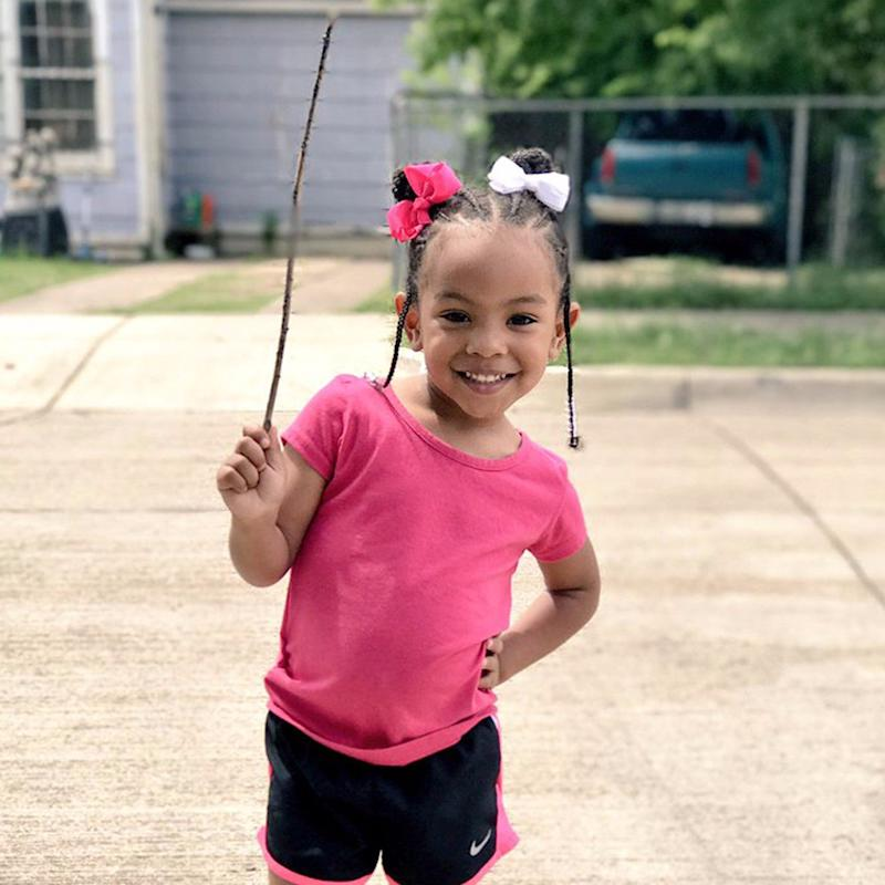 """Why People Are Losing Their Sh*t Over This 3-Year-Old and Her """"Stick"""""""