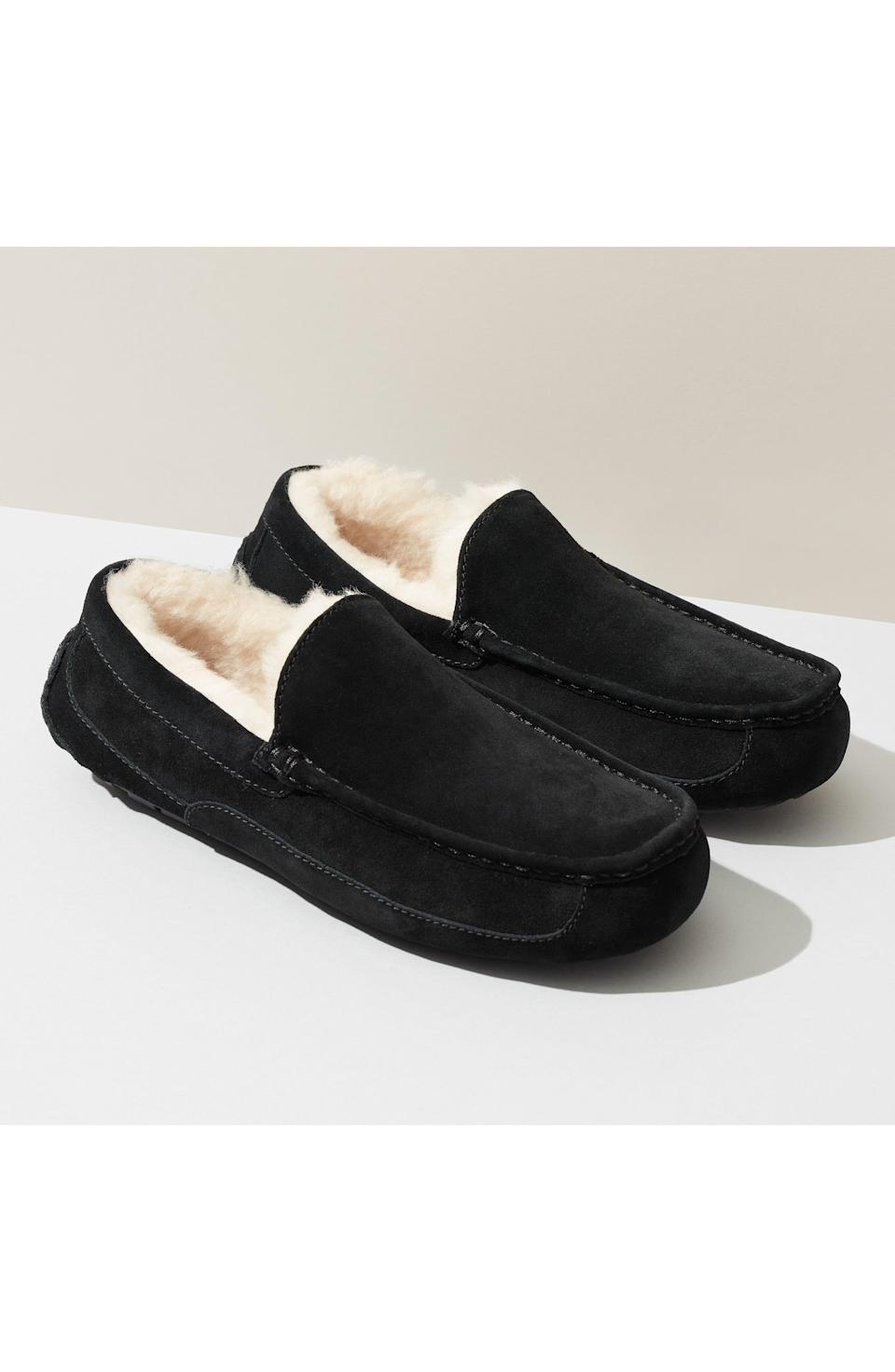 """<p><strong>UGG</strong></p><p>nordstrom.com</p><p><strong>$82.46</strong></p><p><a href=""""https://go.redirectingat.com?id=74968X1596630&url=https%3A%2F%2Fwww.nordstrom.com%2Fs%2Fugg-ascot-slipper-men%2F4922169&sref=https%3A%2F%2Fwww.womenshealthmag.com%2Flife%2Fg19924022%2Fbest-gifts-for-parents%2F"""" rel=""""nofollow noopener"""" target=""""_blank"""" data-ylk=""""slk:Shop Now"""" class=""""link rapid-noclick-resp"""">Shop Now</a></p><p>Made from wool but designed to feel like genuine shearling, these slippers will have your parents feeling like they're walking on clouds. The rubber soles are perfect for indoor and outdoor use and the ease of the slip-on style will make for a new obsession in your parent's household. Guaranteed. </p>"""