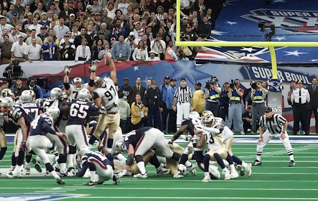 "<a class=""link rapid-noclick-resp"" href=""/nfl/players/3727/"" data-ylk=""slk:Adam Vinatieri"">Adam Vinatieri</a> broke the heart of the Rams with a game-winning field goal in Super Bowl XXXVI. (AP)"