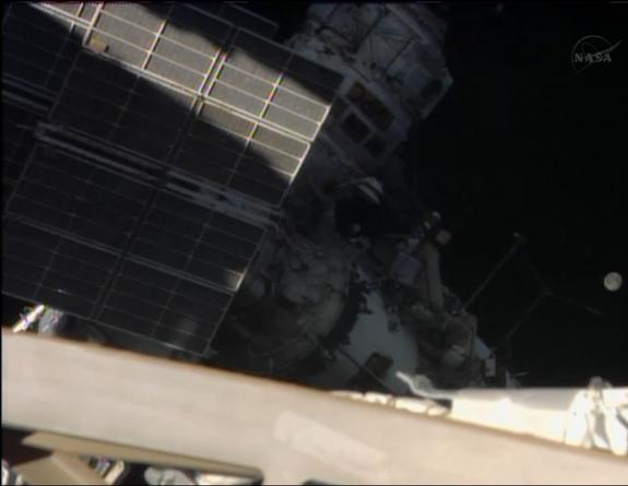 Cosmonauts Spacewalking Outside Space Station Today: Watch It Live Online