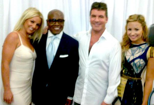 Celebrity photos: This week it was revealed that Simon Cowell, Britney Spears, LA Reid and Demi Lovato will be the new judges on X Factor USA. The news was confirmed as Britney tweeted this – albeit slightly blurry – image of the new gang which instantly began on trending on Twitter.