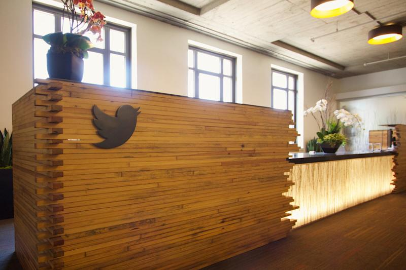 Twitter's small diversity gains result in cautious outlook for 2017