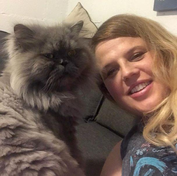 PHOTO: Elizabeth Johns endured a travel nightmare as she tried to move back to Australia with her pets. (Courtesy Elizabeth Johns)