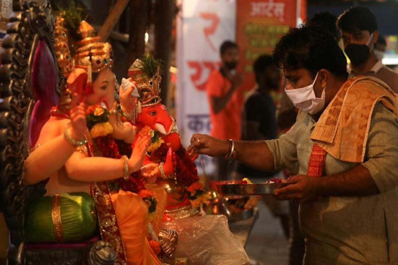 30 Members of Family Test Positive for Coronavirus After Celebrating Ganesh Chaturthi in Maharashtra