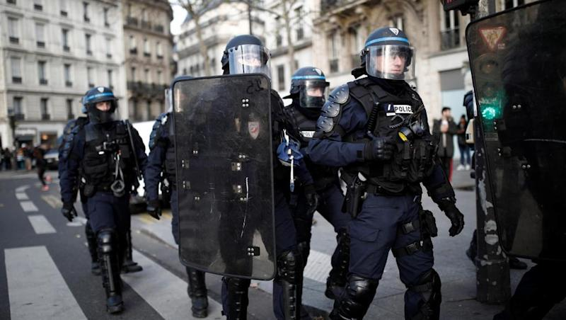 Macron denounces police violence, calls for 'improved code of ethics'