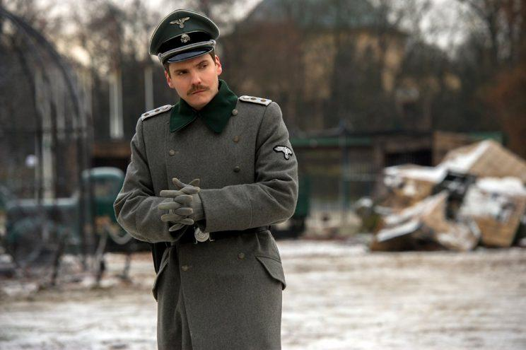 Daniel Bruhl as Lutz Heck in 'The Zookeeper's Wife' (Photo: Universal)