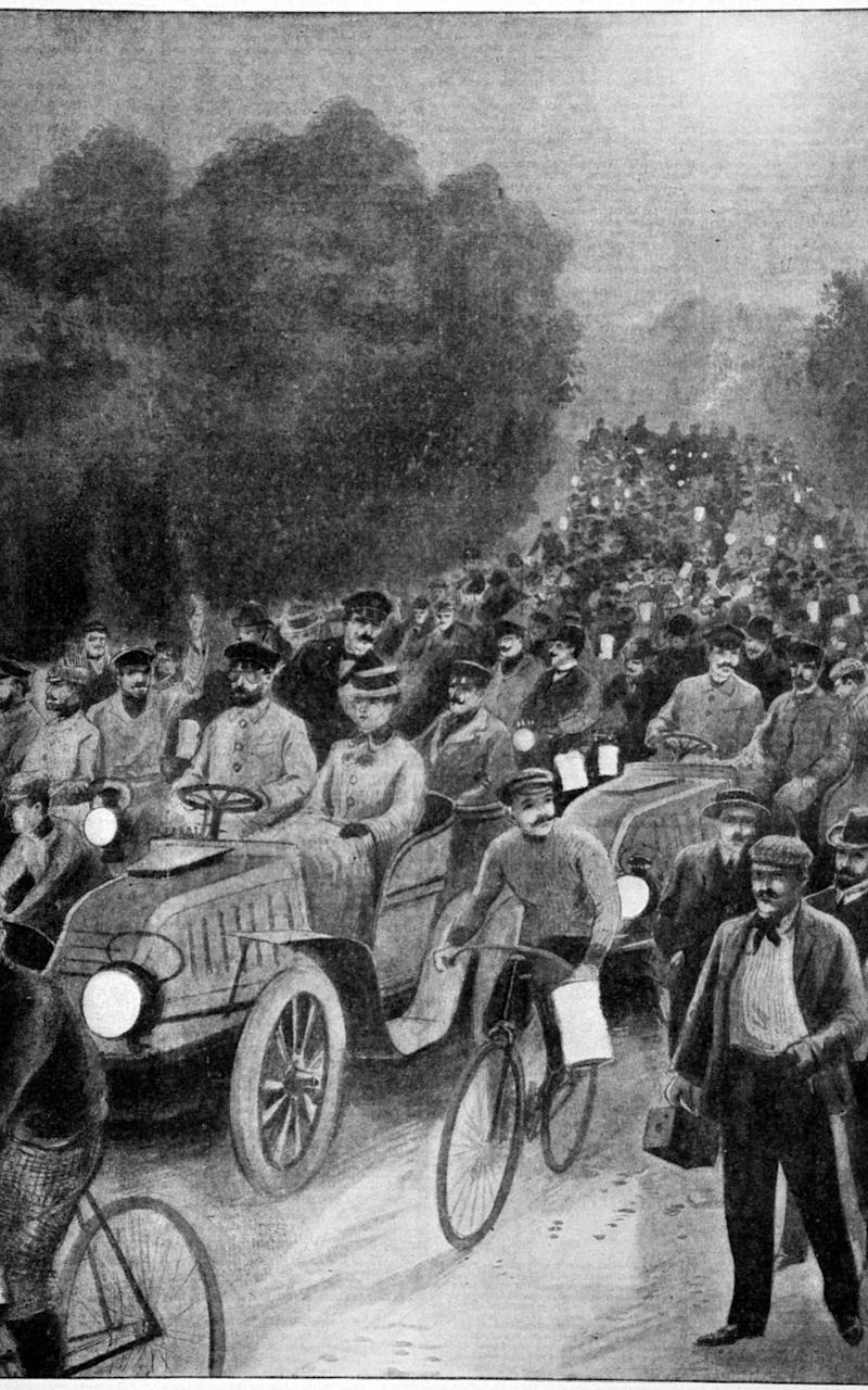Paris to Vienna Race 1902 - Credit: The Print Collector / Alamy Stock Photo