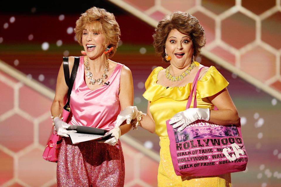 <p>Kristen Wiig and Annie Mumolo hit the Golden Globes stage as Barb and Star on Sunday night at The Beverly Hilton.</p>