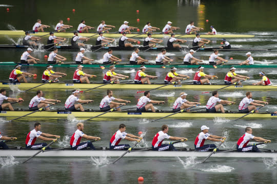 <p>The Start with Greece, Australia, Great Britain, Netherlands, USA and Russia, from front, at the Men's Eight Final race at the Rowing World Cup on Lake Rotsee, in Lucerne, Switzerland, May 29, 2016. <em>(EPA/URS Flueeler)</em> </p>