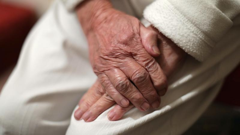 Care homes visiting policy guidance 'does not go far enough' – charity