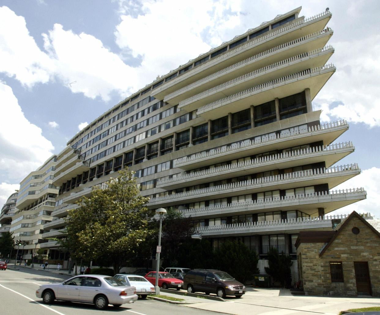 (FILES): This 17 June 2002 file photo shows the Watergate complex in Washington, DC, where in June 1972 burglars used eavesdropping devices to listen in on the Democratic National Committee, sparking the scandal which led to the resignation of US president Richard M. Nixon. Washington Post assistant managing editor Bob Woodward's new book, 'The Secret Man,' has been rushed into publication following the sudden revelation of Deep Throat's identity in April 2005. Woodward was a reporter when his friend, FBI agent Mark Felt, aka Deep Throat, confided government secrets to him in the Watergate scandal that brought down Nixon in 1974. The book is to be released 06 July 2005. AFP PHOTO/Paul J. Richards (Photo credit should read PAUL J. RICHARDS/AFP/GettyImages)