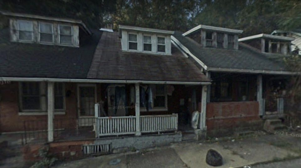 Lincoln Way, Clairton is pictured, in a 2007 Google Maps image.