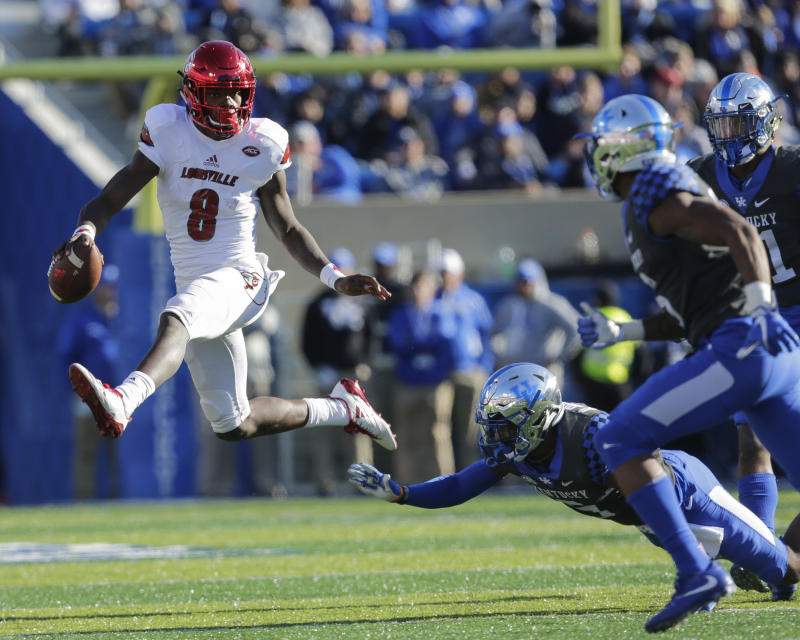 Lamar Jackson won't be showing off his wheels at the scouting combine this weekend as he has declined to participate in the event's 40-yard dash. (AP)