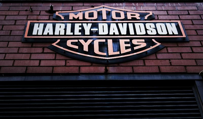 Trump revs up Harley-Davidson fight into second day
