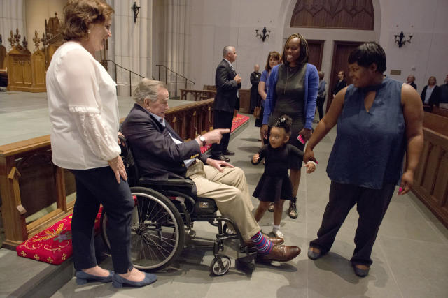 "<p>Former President George H. W. Bush greets the mourners with his daughter Dorothy ""Doro"" Bush Koch during the visitation for former first lady Barbara Bush at St. Martin's Episcopal Church Friday, April 20, 2018, in Houston. Barbara Bush died on April 17, at the age of 92. (Photo: Mark Burns/Offce of George H.W. Bush/Pool via AP) </p>"
