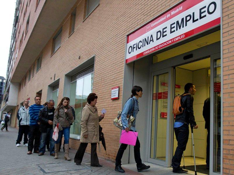 Spain's jobless rate nears 25 per cent