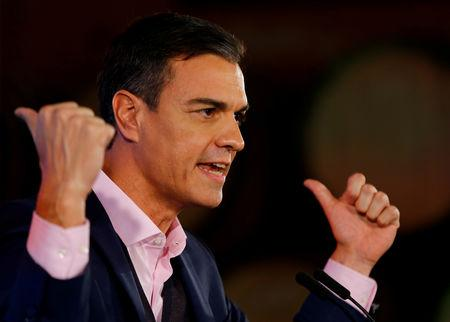 FILE PHOTO: Spain's Prime Minister Pedro Sanchez makes his speech during Andalusian election campaign rally in Chiclana de la Frontera, Spain, November 18, 2018. REUTERS/Marcelo del Pozo -/File Photo