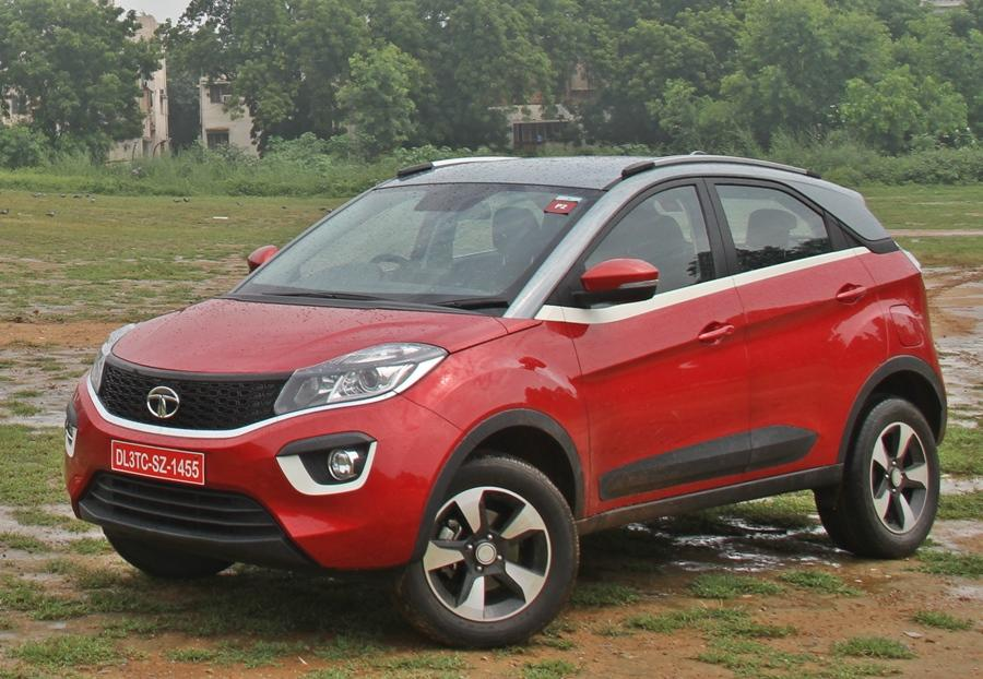 <strong>Tata Nexon (Rs 7.5 lakh to Rs 12.5 lakh)</strong>- The Nexon also has a good wading depth for a compact SUV and can handle reasonably high levels for a vehicle of its class.