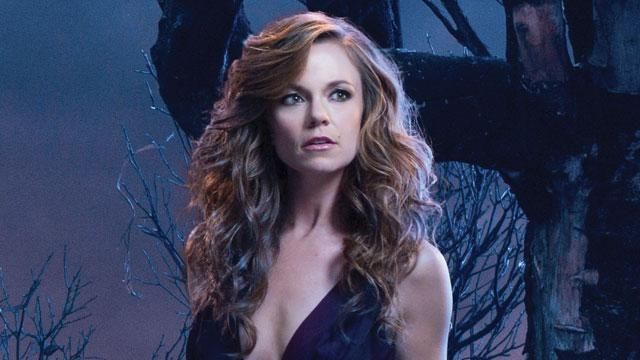 'Witches Of East End' Star Teases A Big Reveal!
