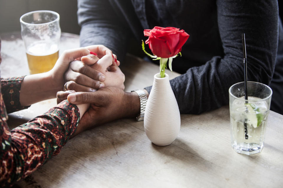 What it's like to date when you're dealing with a chronic illness like arthritis. (Photo: Getty Images)