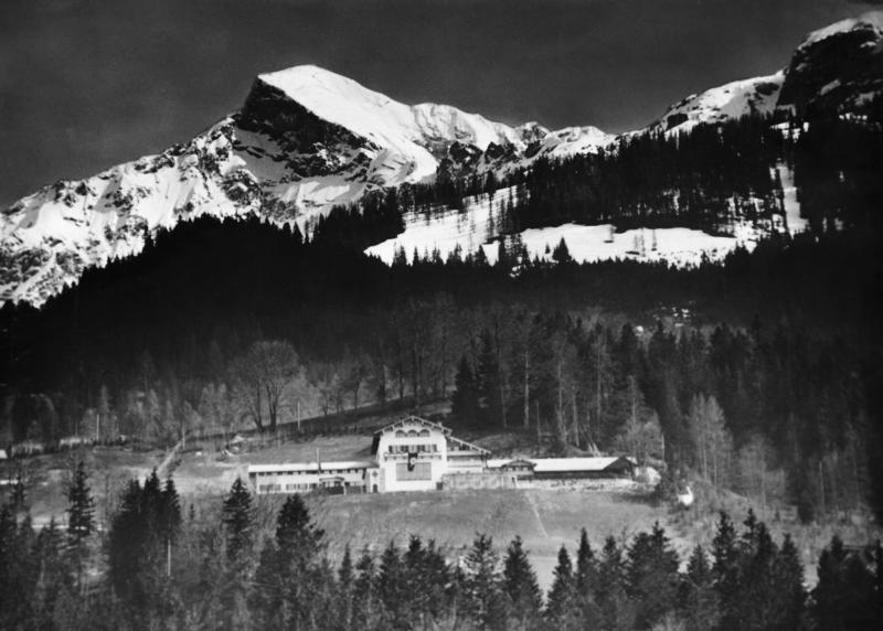 (Original Caption) Panoramic view of Adolf Hitler's home in Berchtesgaden, with the High Guell in background.