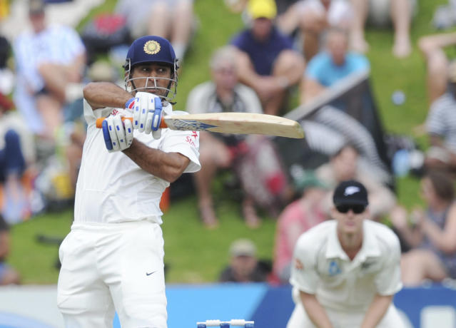 India's MS Dhoni bats against New Zealand on the second day of the second cricket test in Wellington, New Zealand, Saturday, Feb. 15, 2014. (AP Photo/SNPA, Ross Setford) NEW ZEALAND OUT