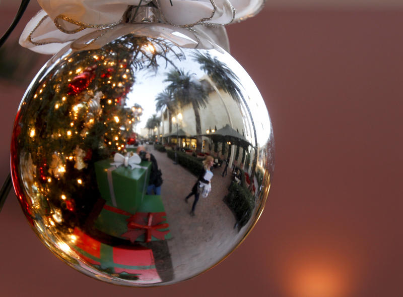 Shoppers disappoint retailers this holiday season