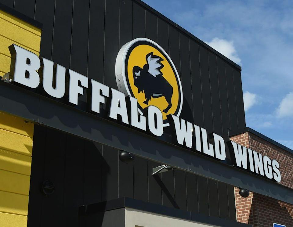 """<p>Many—but not all—Buffalo Wild Wings locations around the country will be open on Thanksgiving Day. You'll want to check with the closest one near you to confirm their particular hours. You'll be able to tune in to the big game while you're there!</p><p><strong><a href=""""https://go.redirectingat.com?id=74968X1596630&url=https%3A%2F%2Fwww.buffalowildwings.com%2Fen%2Flocations%2F&sref=https%3A%2F%2Fwww.countryliving.com%2Ffood-drinks%2Fg4949%2Frestaurants-open-thanksgiving%2F"""" rel=""""nofollow noopener"""" target=""""_blank"""" data-ylk=""""slk:Find a location"""" class=""""link rapid-noclick-resp"""">Find a location</a>.</strong></p>"""