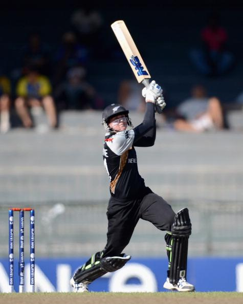 COLOMBO, SRI LANKA - OCTOBER 04:  Nicola Browne of New Zealand bats during the ICC Women's World Twenty20 2012 Semi Final between England and New Zealand at R. Premadasa Stadium on October 4, 2012 in Colombo, Sri Lanka.  (Photo by Gareth Copley/Getty Images)