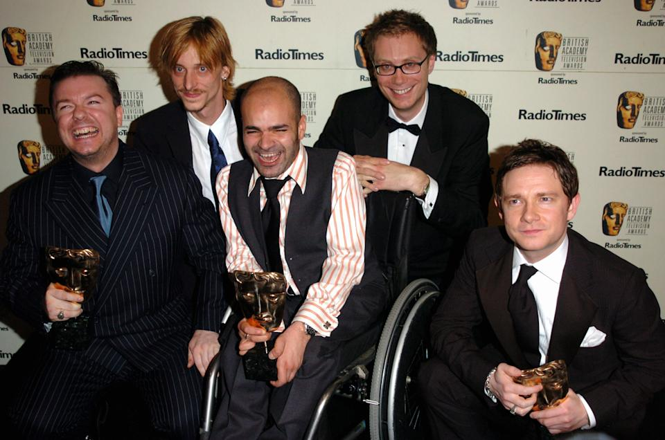 """Ricky Gervais, Mackenzie Crook, Ash Atalla, Stephen Merchant and Martin Freeman, winners of Best Situation Comedy BAFTA for """"The Office"""" (Photo by Jon Furniss/WireImage)"""